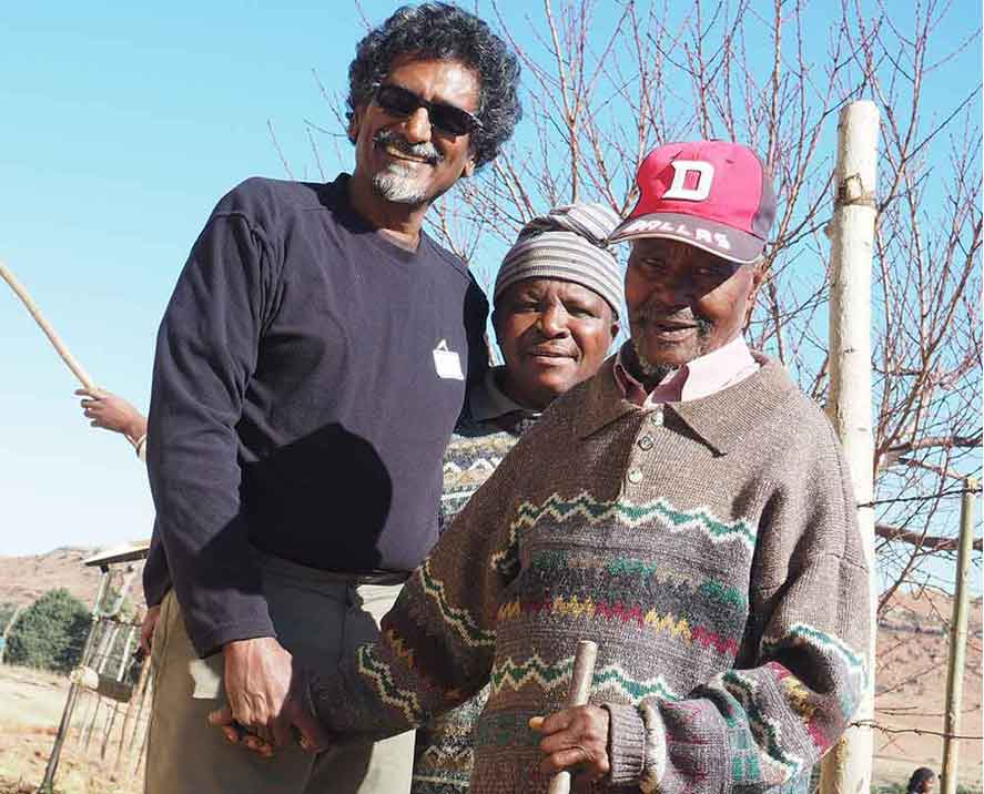 community elders with Jay Naidoo